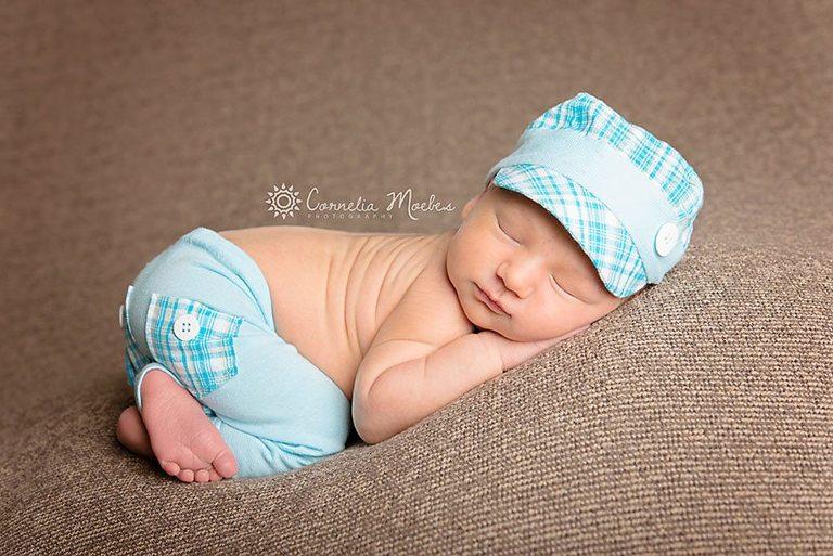 Neugeborenenfotografie-Babyfotografie-Babyfotos-newborn photography-Cornelia Moebes Photography-Fotografin Zug Luzern Zürich-C13