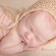 Neugeborenenfotografie Neugeborene Neugeborenenfotografin newborn shooting newborn photography Babyfotografie Babyfotograf Cornelia Moebes Photography Zug Zürich Luzern Aargau Schwyz