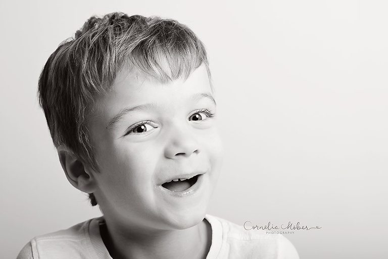 Familienfotos Kinderfotografie Fotografin Zug Zürich Cornelia Moebes Photography