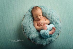 Neugeborenenfotografie Neugeborene Babyfotografie newborn shooting Cornelia Moebes Photography Zug Zürich Luzern Aargau Schwyz