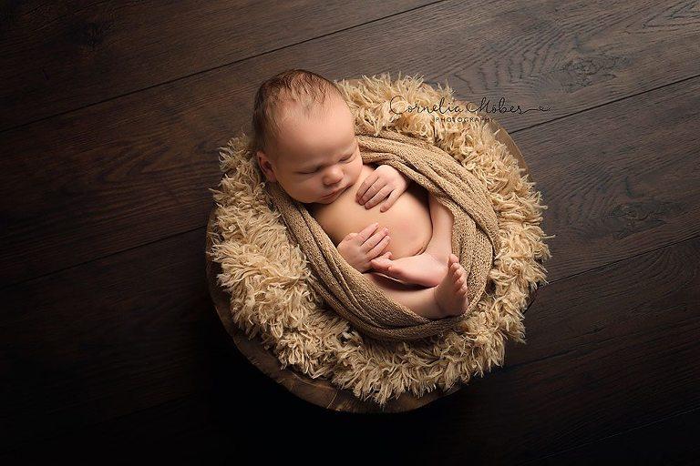 Neugeborenenfotografie newborn shooting Neugeborene Neugeborenenfotos Babyfotografi Babyfotografin Cornelia Moebes Photography