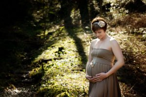 Schwangerschaftsshooting Schwangerschaftsfotos Babybauch Shooting maternity photography pregnancy newborn Neugeborene Babyfotografie Cornelia Moebes Photography Zug Zürich Luzern Aargau Schwyz