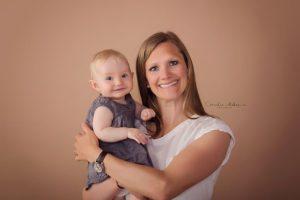 Familienshooting Familienfotos Kinderfotografie Babyfotografie Babyfotograf Kinder Portrait Cornelia Moebes Photography Zug Zürich Luzern Schwyz Aargau
