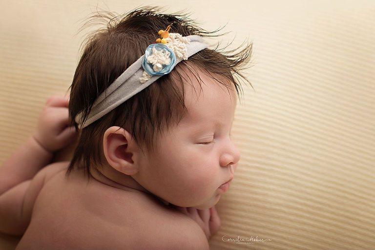 Neugeborenenshooting Neugeborenenfotografie Neugeborenenfotos newborn shooting Babyfotografie Babyfotos baby photographer Babyfotograf Zug Zürich Luzern Aargau Schwyz Cornelia Moebes Photography