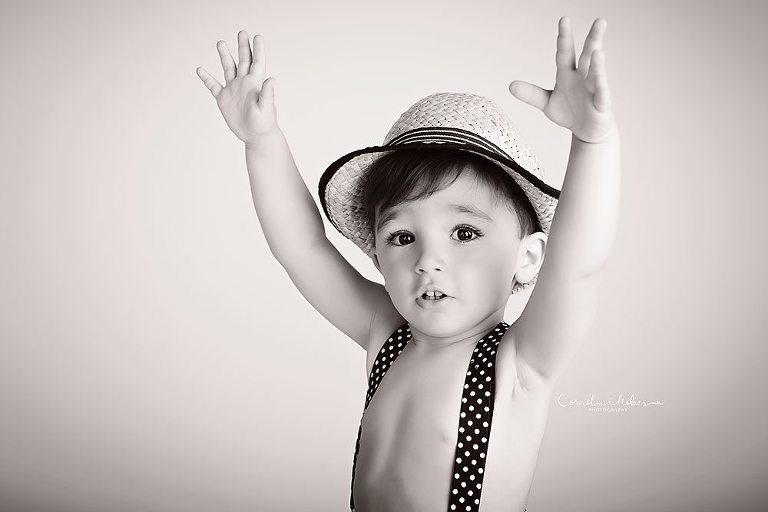 Kinderfotos Kinderfotografie child portrait Familienfotograf Babyfotograf Babyfotografie Cornelia Moebes Photography