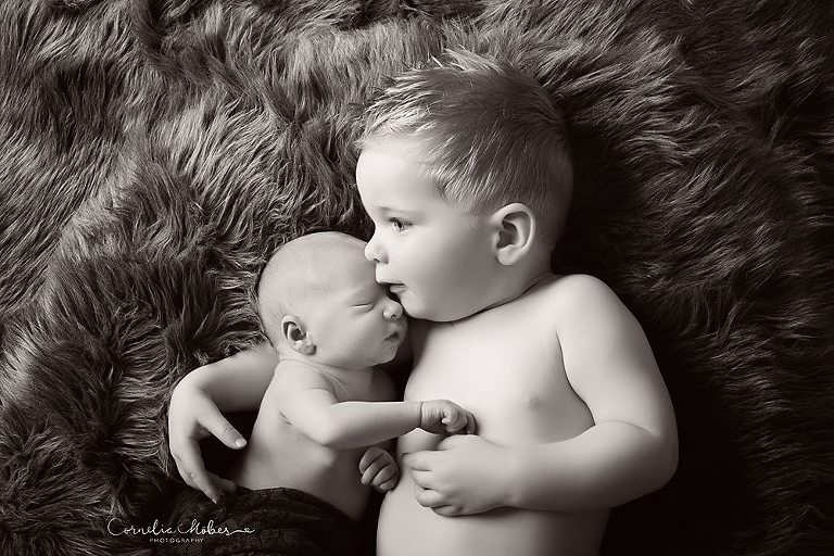 Neugeborenenfotografie newbornshooting Babyfotografie Neugeborenenshooting Babyfotograf Cornelia Moebes Photography