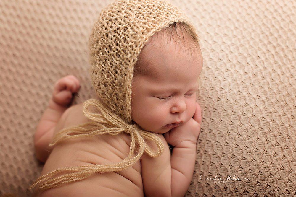 Neugeborenenfots newbornshooting Neugeborenenfotografie Babyfotografie Babyfotograf portrait photographer Zug Zuerich Luzern Family portraits Cornelia Moebes Photography