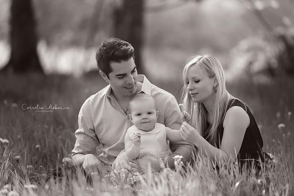 Babyfotografie Kindershooting Kinderfotografie Kinderportraits Babyshooting Familienporträts family portraits outdoor Cornelia Moebes Photography