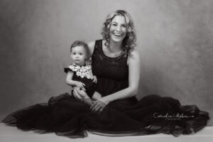 Fineart Portrait Motherhood Mutterschaft Babyfotos Babyfotografie Baby Photographer Cornelia Moebes Photography